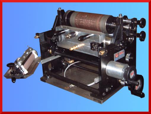 Flexo unit for printing and varnishing